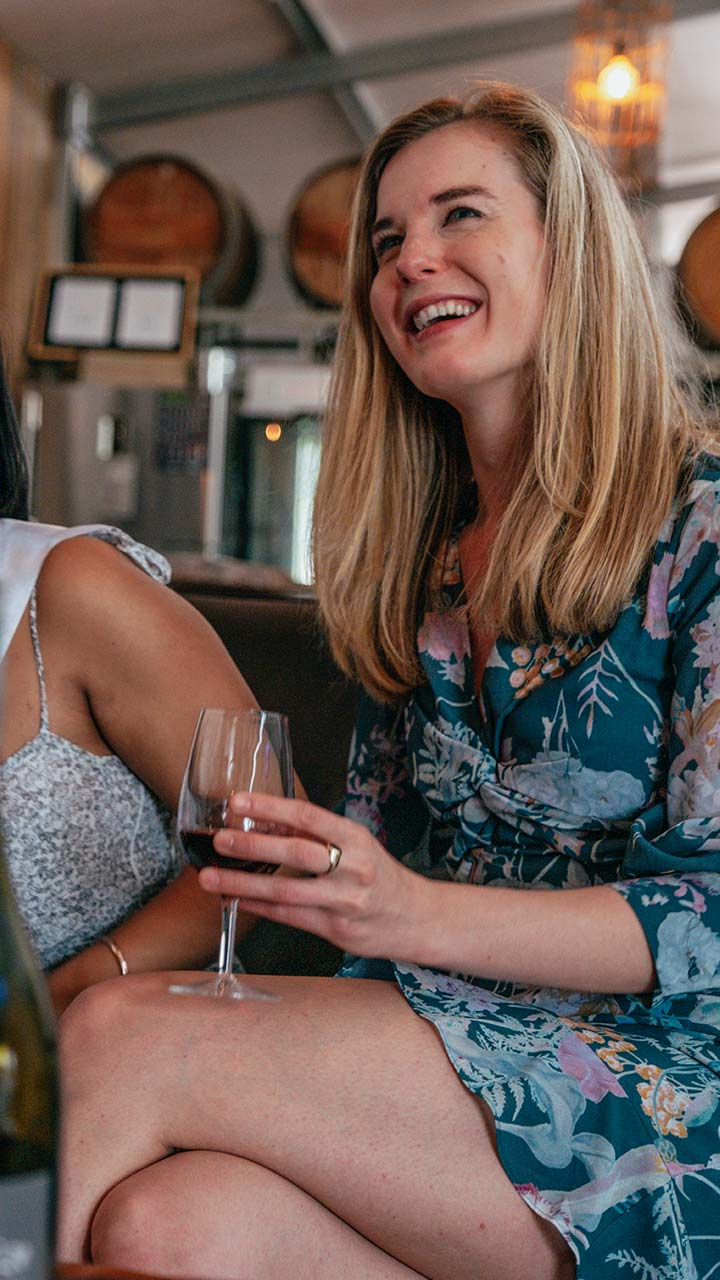 Hens-Wine-Tasting-Tours