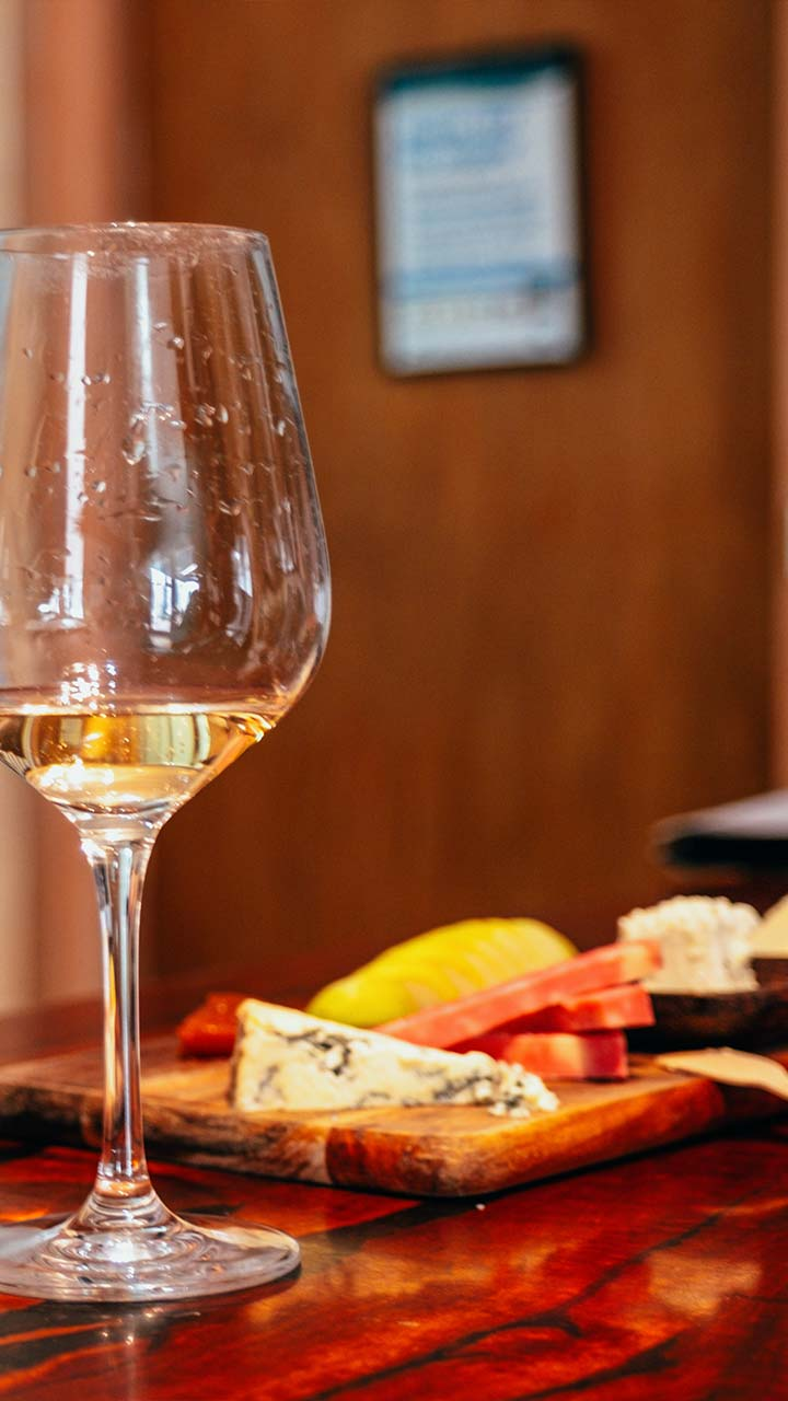 Wine and Cheese Tasting Tours